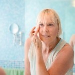 How to Reduce The Signs of Aging With a Device at Home