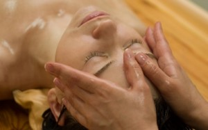 How to Choose Ayurvedic Skin Care Products