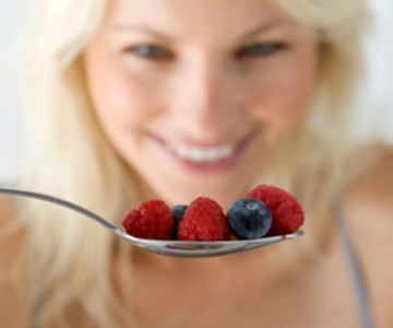 No More Squinting - Six Foods that Can Improve Your Eyesight